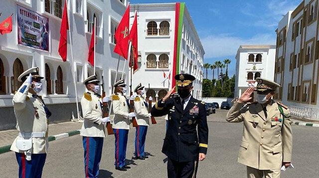 الرباط.. قائد الجيش الأمريكي يجري مباحثات مع مسؤولين مغاربة