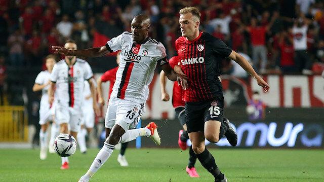 Korkutan maçta Beşiktaş deplasmanda Gaziantep ile berabere kaldı