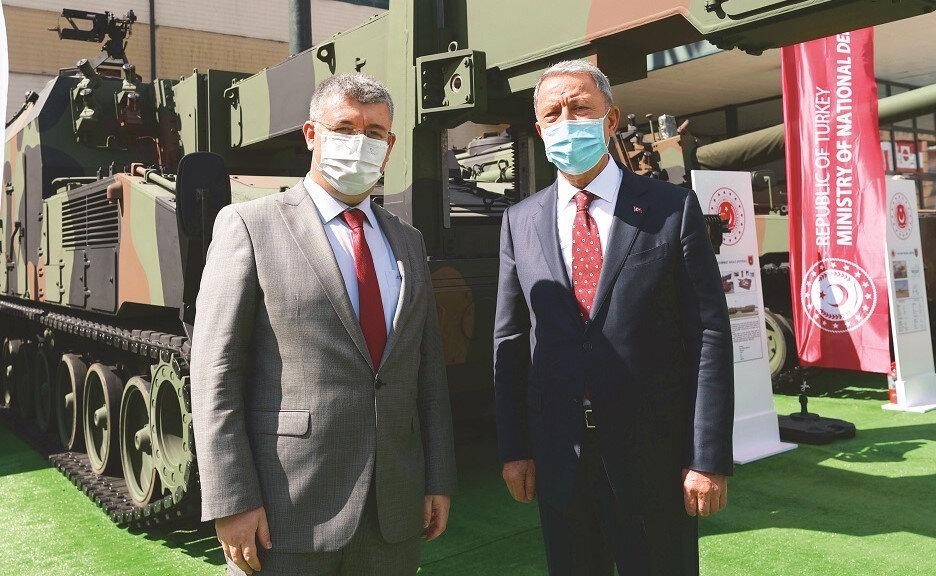 Milli Savunma Bakanı Hulusi Akar, gündemdeki konuları gazetemiz yazarı Mehmet Acet'e değerlendirdi.