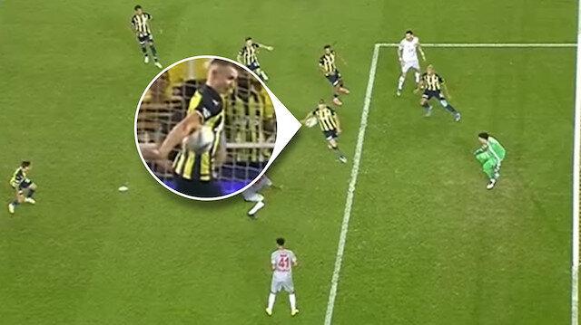 Kadıköy'de tartışma çıkartan pozisyon: Penaltı var mı, yok mu?