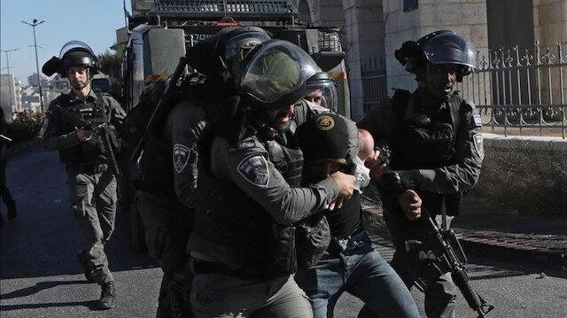 جيش الاحتلال يعتقل شابين ويصيب آخرين بالاختناق شمال الضفة