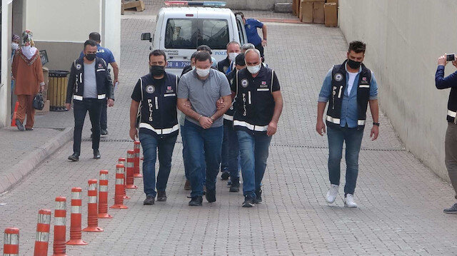 Kayseri'de FETÖ şüphelileri gaybubet evinde sahte kimliklerle yakalandı