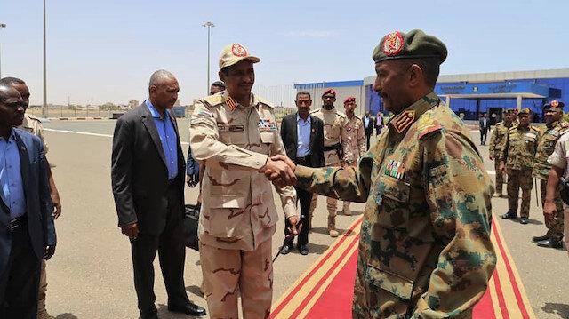 """حزب سوداني: انتقادات البرهان وحميدتي للقوى السياسية """"تحريضية"""""""