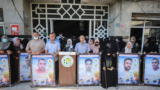 غزة.. وقفة دعما للأسرى ورفضا للتنكيل الإسرائيلي بهم