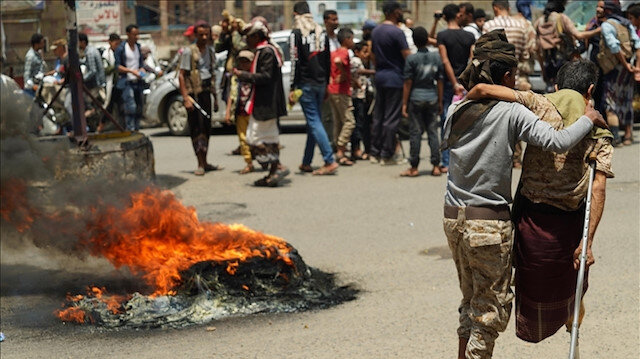 اليمن.. الظلام يخيم على مدينة عدن بسبب نفاد الوقود