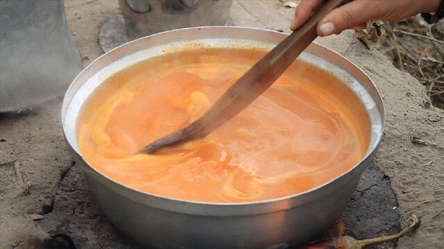 حساء الكشك.. غذاء وشفاء للشعوب التركية في أشهر الشتاء