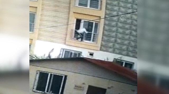 Mersin'de ev sahibiyle karşılaşan hırsız camdan aşağı atladı