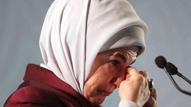 Emine Erdoğan gözyaşlarıyla anlattı: Çocukların şehit olduğu bir dünyada cehennem ateşini uzakta aramaya gerek yok