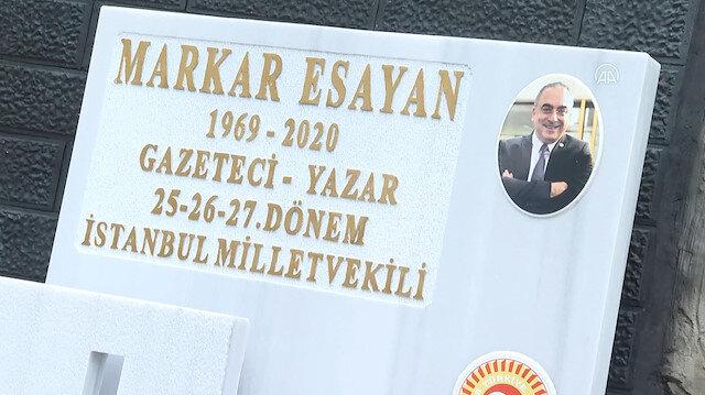 Eski AK Parti Milletvekili Markar Esayan kabri başında anıldı