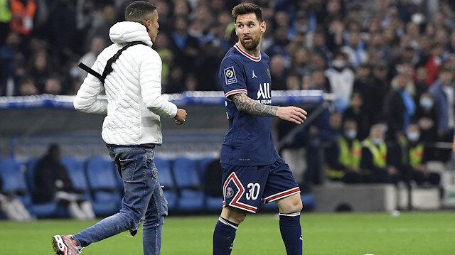 Messi'yi <br>taraftar durdurdu