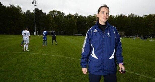 Kadın teknik direktör ilk maçını kaybetti