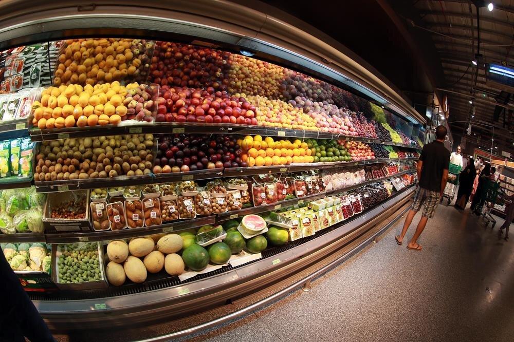 Turkish products hit Qatar shelves as blockade remains