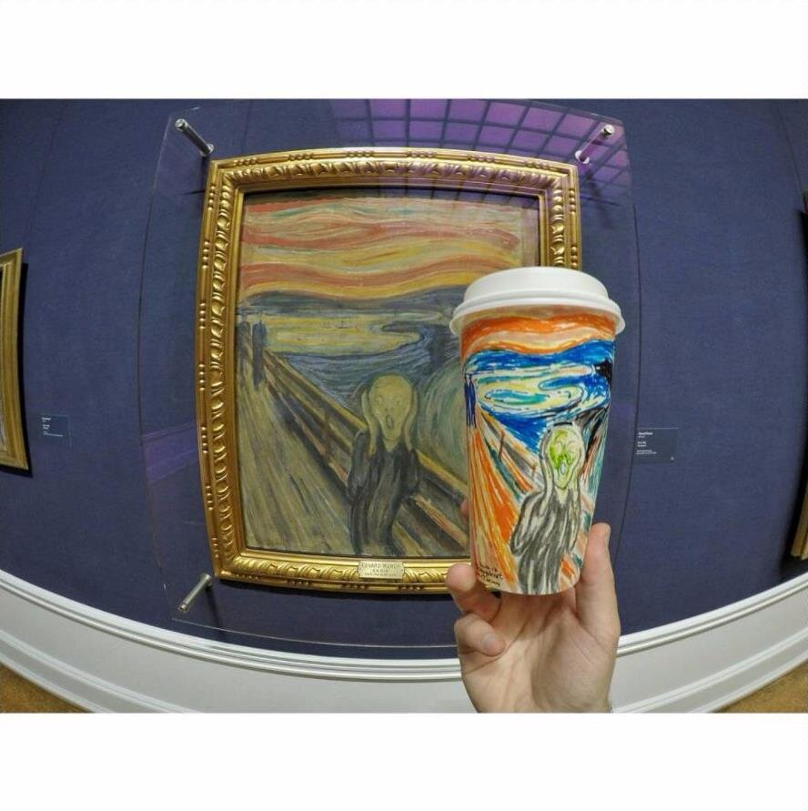 Wanderer draws his travels on coffee cups