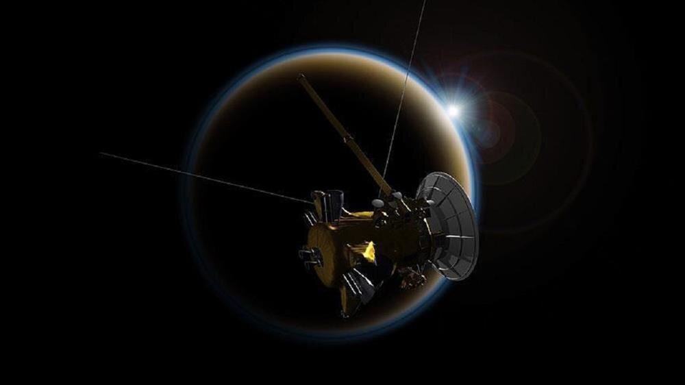 Cassini Titan'a veda ediyor