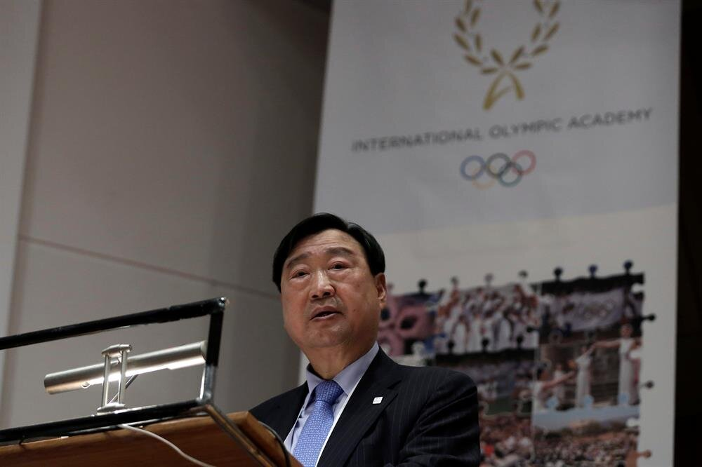 Torch lit for Pyeongchang 2018 Winter Olympics
