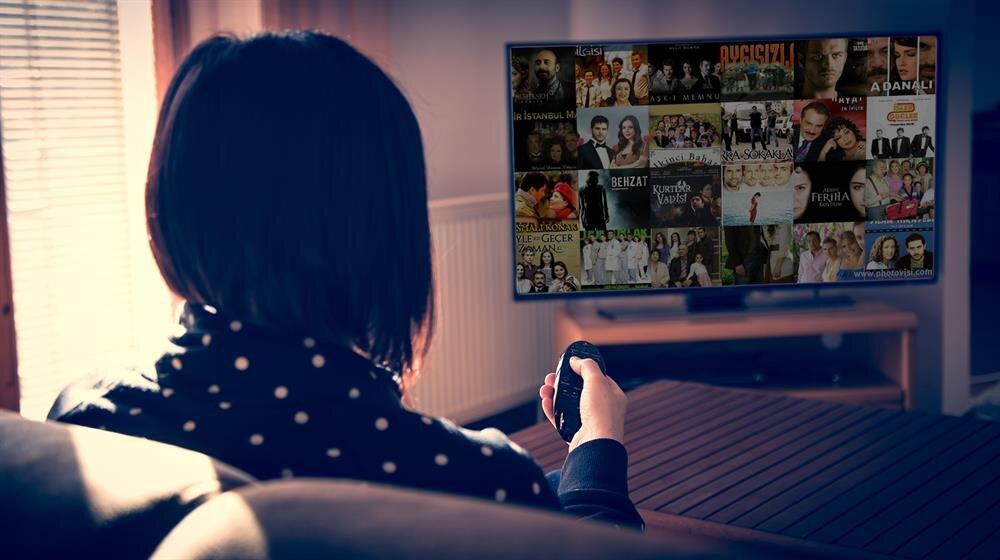 """Türkiye'de her yeni sezonda ortalama 60-70 dizi ekrana """"merhaba"""" diyor."""