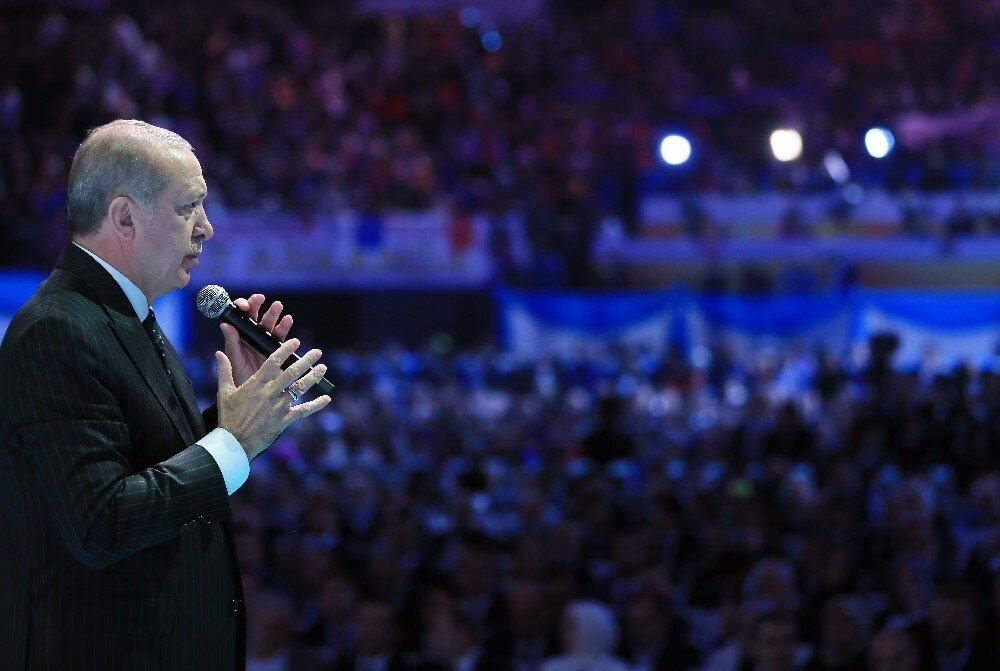 Cumhurbaşkanı Erdoğan, AK Parti Seçim Manifestosunu açıkladı