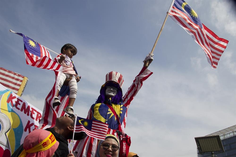 malaysia independence day Memorable saga - malaysia independence day from 1st generation saga knight to saga iswara and saga lmst aeroback this is our 2nd short film and its related to malaysia independence day 60th.