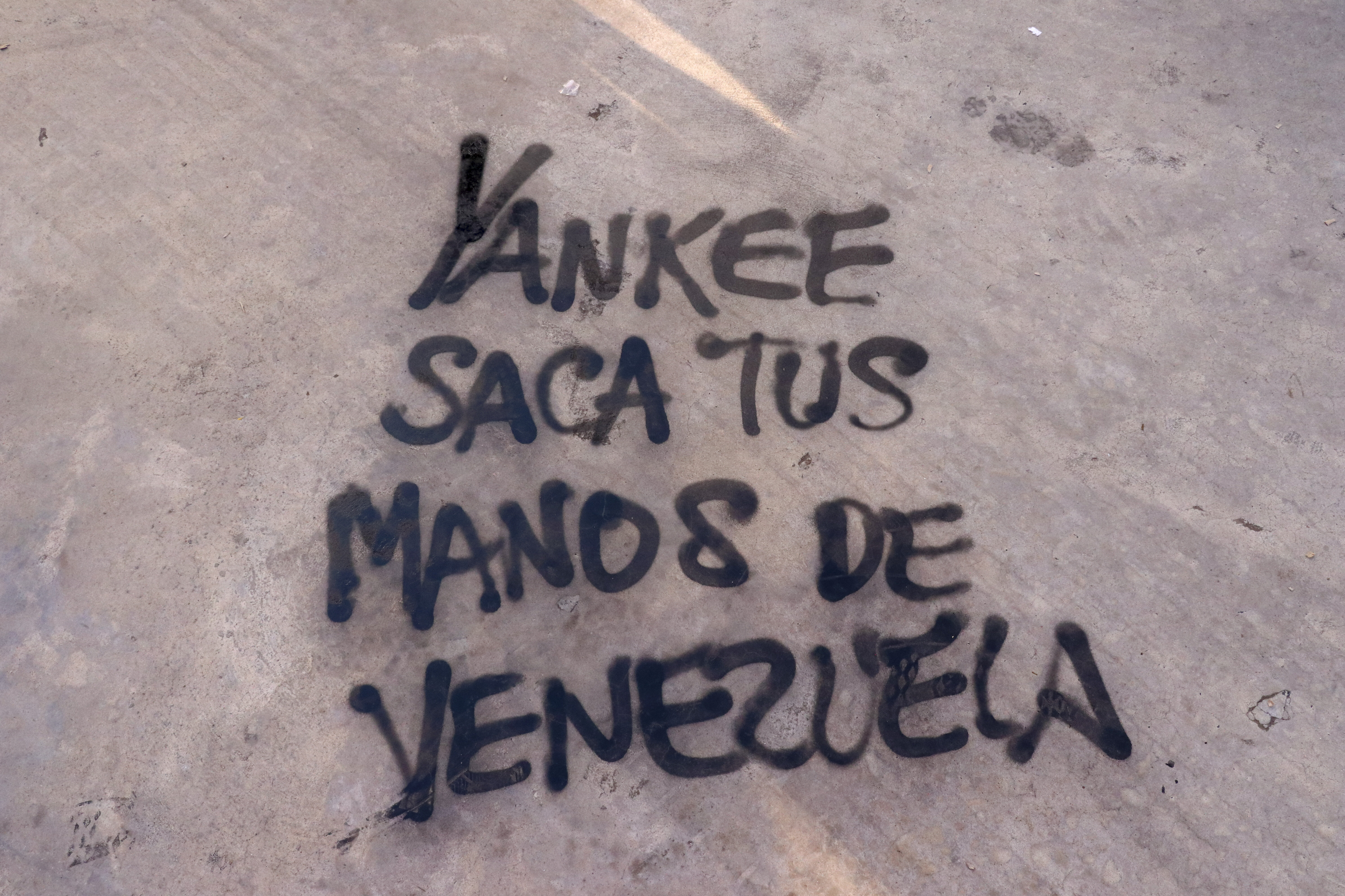 Argentinians protest US intervention in Venezuela
