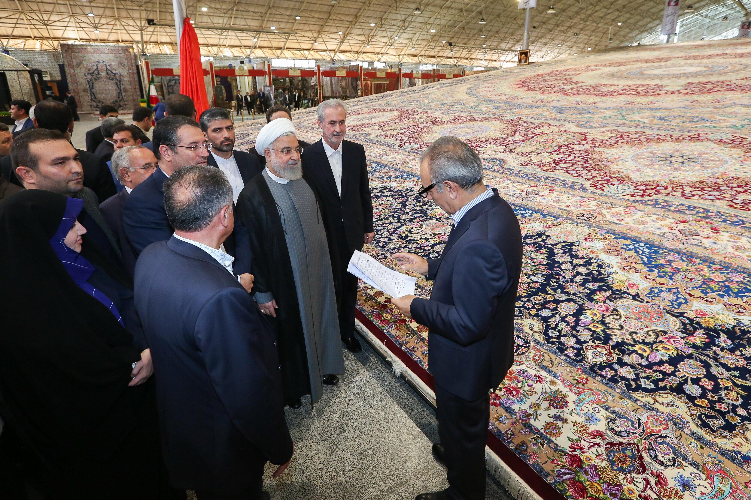 Iran introduces world's largest handwoven carpet