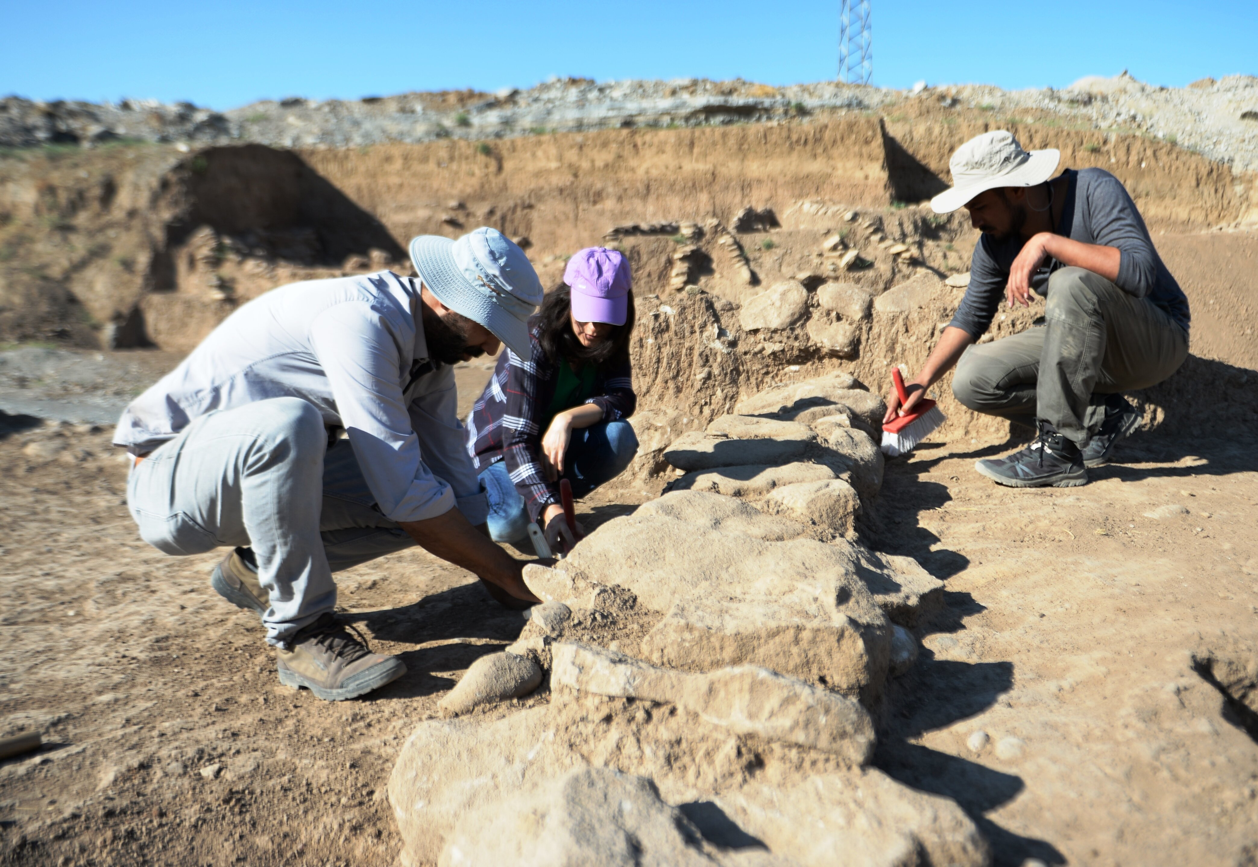 Archaeologists unearth ancient settlement in SE Turkey