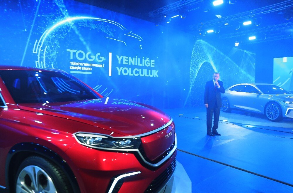 Turkey unveils prototype of first indigenous car