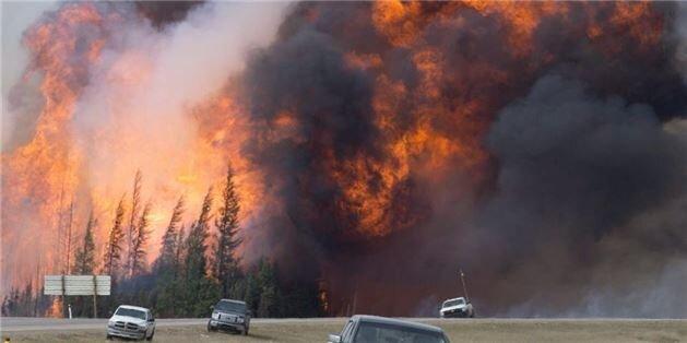 Wood Buffalo belediyesi Fort McMurray Orman Yangını sonucunda Alberta, Kanada'da olağanüstü hal ilan etti. Felakette 589 bin hektar alan, 2400 civarı bina, 665 kamp alanı yanmıştır. Yangında herhangi bir can kaybı olmamıştır. 1 Mayıs'ta başlayan yangın, ancak 5 Temmuz'da kontrol altına alınabildi.