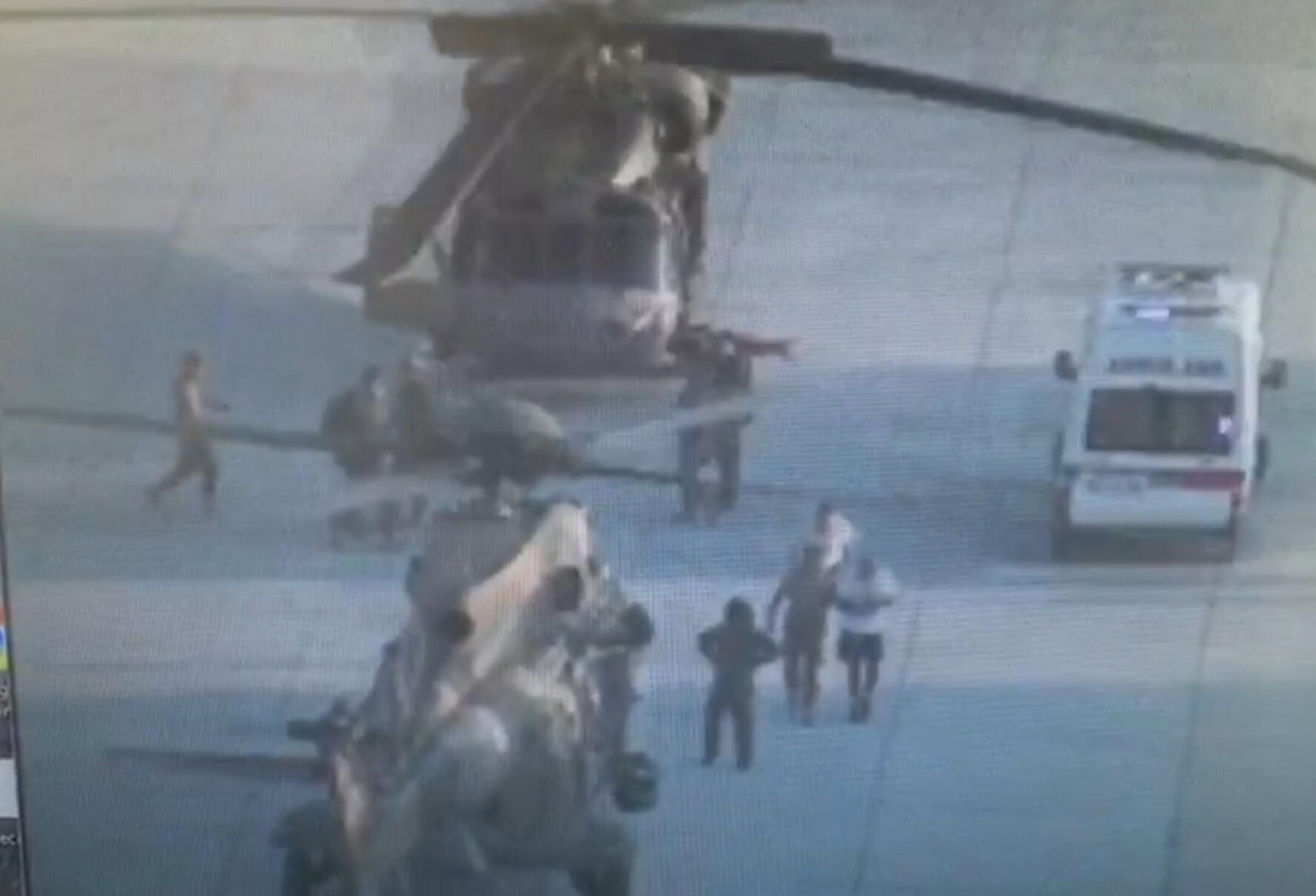 Cumhurbaşkanı Erdoğan'ın Marmaris'te kaldığı otele baskın yapacak MAK ve SAD ekipleri Çiğli Ana Jet Üs Komutanlığı'nda hazırlanmaya başladı.
