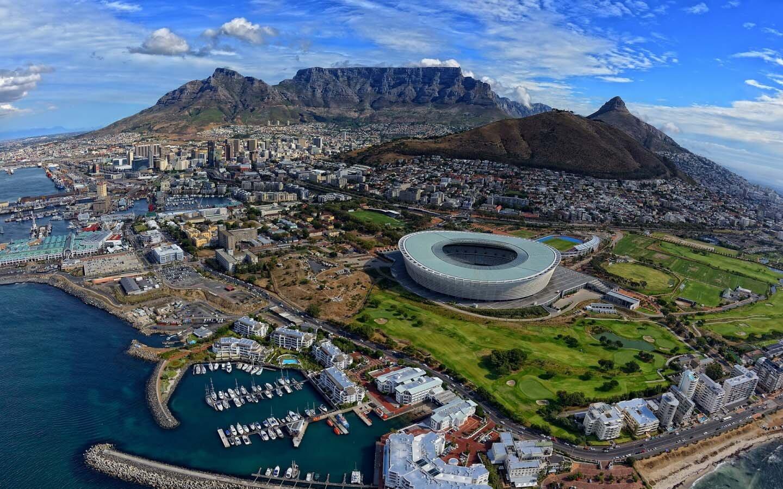 Terör örgütü Güney Afrika'da ise 18 okula sahip.